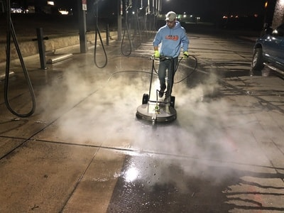 3 Reasons to Hire a Commercial Pressure Washing Company